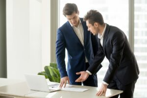 ارتباط رهبران موفق با تیم خود