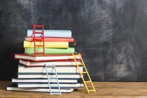 ده کتابی که هر رهبر استارت آپ برای موفقیت باید بخواند