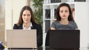 5 راه برای جلوگیری از حسادت نسبت به موفقیت دیگران